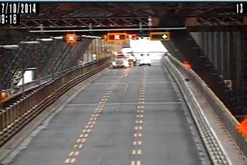 Le pont de Québec a été temporairement fermé... (Photo tirée d'une vidéo du MTQ)