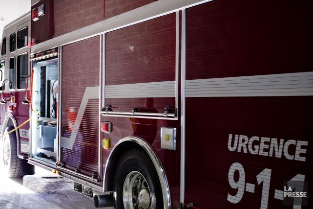 Une octogénaire a été grièvement brûlée en début de nuit, jeudi, dans... (PHOTO MARCO CAMPANOZZI, ARCHIVES LA PRESSE)
