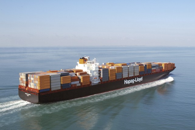 Le Colombo Express, de la Hapag-Lloyd, compte parmi... (PHOTO FOURNIE PAR HAPAG LLOYD)