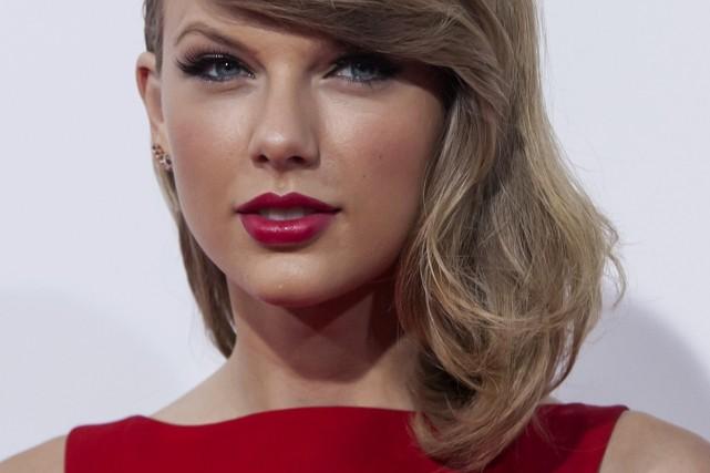 La chanteuse Taylor Swift utilise les médias sociaux... (Photo: archives Reuters)