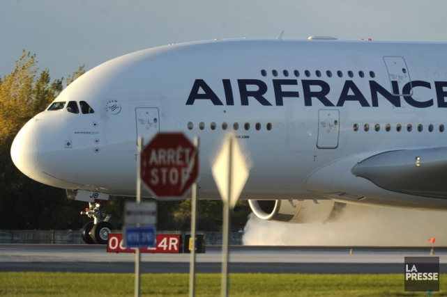 Air France réduira en 2016 ses fréquences sur... (Photo Bernard Brault, archives La Presse)