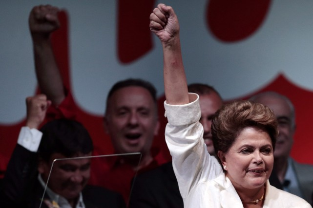Mme Rousseff a pris acte du rejet de... (Photo UESLEI MARCELINO, Reuters)