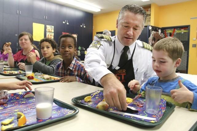 LaSûreté du Québecen Outaouais se prépare à la tenue de son 15e Déjeuner du... (Patrick Woodbury)