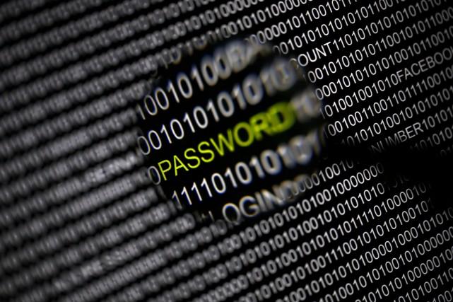 Les gouvernements russe et chinois sont certainement derrière un vaste réseau... (Photo archives Reuters)