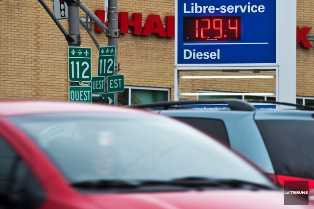 Plusieurs jours après la région de Drummondville, le prix de l'essence est... (Imacom, Jessica Garneau)