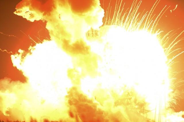 La fusée Antares a explosé peu après son... (PHOTO ARCHIVES AGENCE FRANCE-PRESSE)