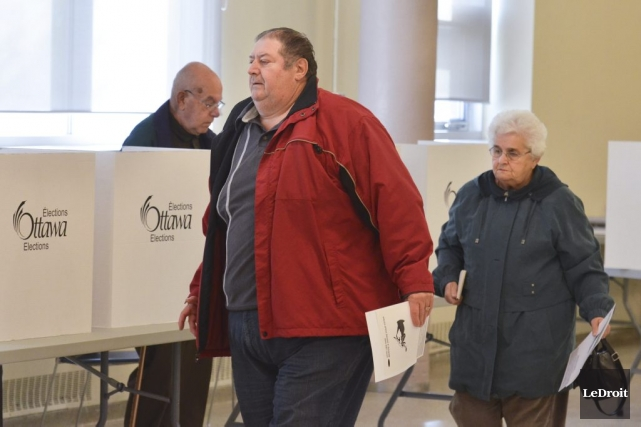 Je travaillais comme assistant électoral à un bureau de vote à Orléans, lundi.... (Martin Roy, LeDroit)
