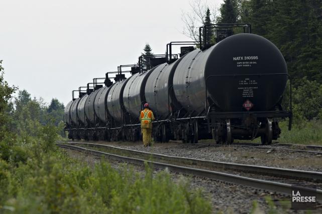 Les entreprises ferroviaires qui roulent au pays devront mettre en place des... (Archives La Presse)