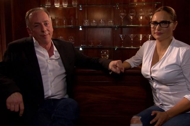 Benoît Dutrizac rencontre Anne-Marie Losique aux Francs-tireurs.... (Photo: fournie par Télé-Québec)