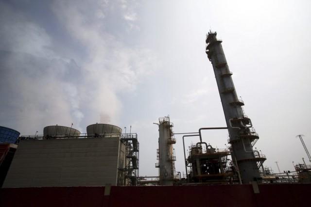 La demande pour l'or noir de l'OPEP est... (Photo Fernando Llano, AP)