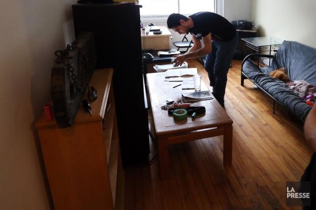 Loin de s'améliorer, la situation financière des locataires continue de se... (Archives La Presse)