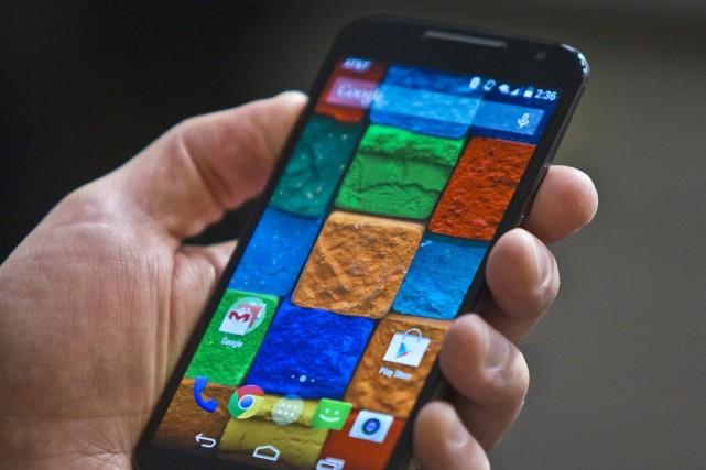 Sur la photo, le Moto X de Motorola.... (Photo Bebeto Matthews, AP)