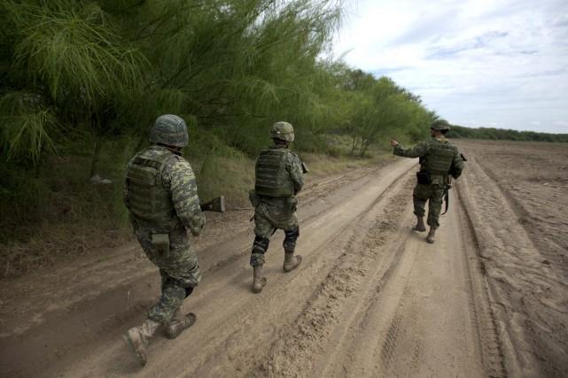 Les cadavres de trois frères et soeur américains d'origine mexicaine qui... (Photo Eduardo Verdugo, Archives AP)