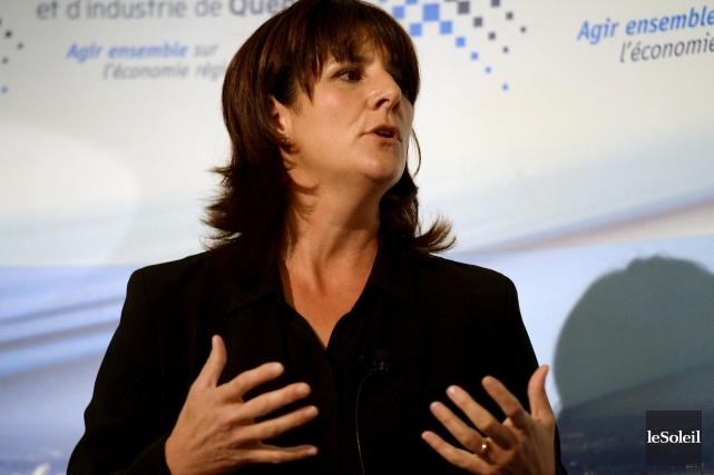 Dynamique, énergique et mordante pendant sa conférence,Sophie Brochu,présidente... (Le Soleil, Erick Labbé)