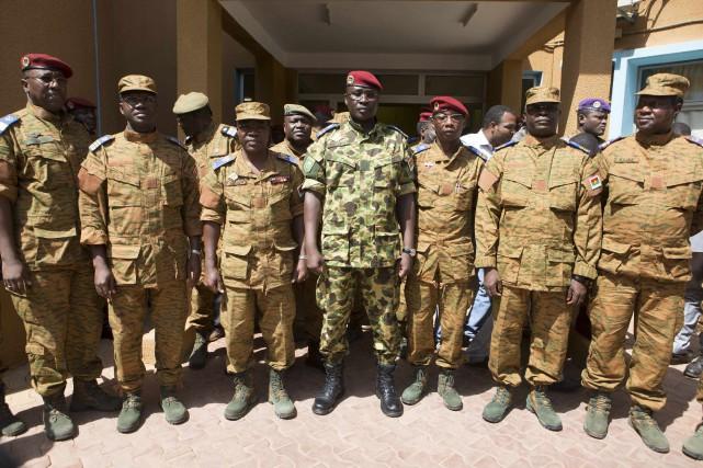 Samedi, l'armée a désigné un des siens, le... (Photo JOE PENNEY, Reuters)