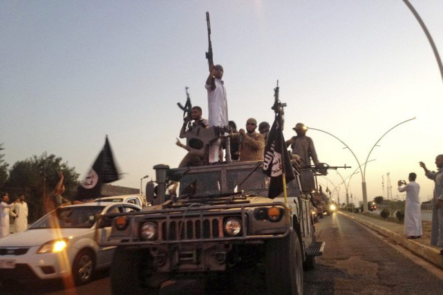 Desdjihadistes du groupe État islamique... (PHOTO ARCHIVES AP)