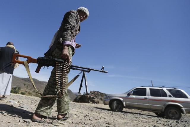 Des dizaines de combattants d'Al-Qaïda ont attaqué dans... (Photo Khaled Abdullah, Archives Reuters)
