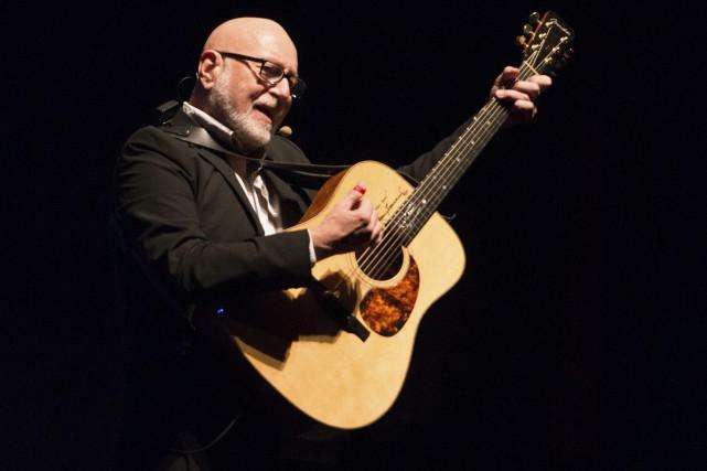 Patrick Norman a enchaîné ses classiques, ses compositions... ((Photo Frédéric Cantin))
