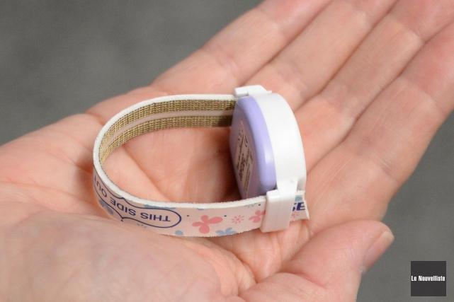 Un des bracelets électroniques que l'on met à... (Photo: Sylvain Mayer, Le Nouvelliste)