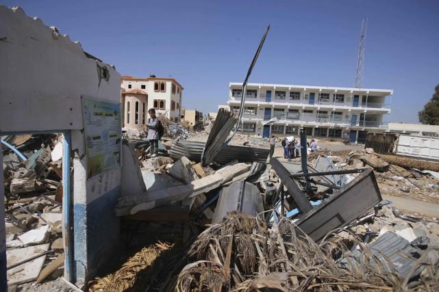 Avec la fermeture d'Erez utilisé pour le passage... (Photo archives Reuters)