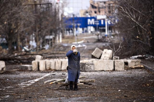 Sur le terrain, les bombardements ont repris lundi... (Photo: AFP)