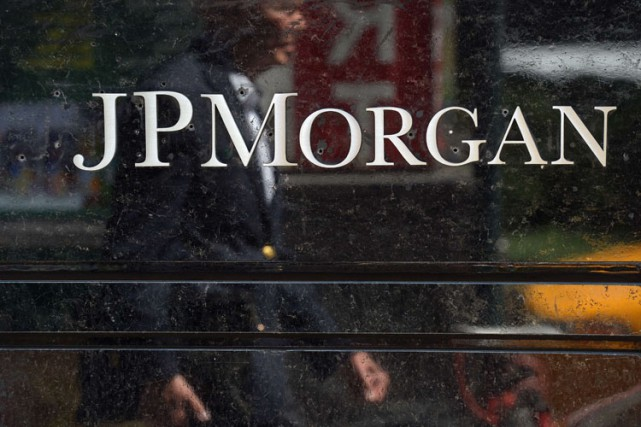 La banque américaine JPMorgan Chase a annoncé lundi être visée par une enquête... (Photo: AFP)