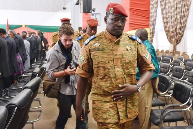 Le lieutenant-colonel Zida à Ouagadougou, le 3 novembre.... (PHOTO ISSOUF SANOGO, ARCHIVES AFP)