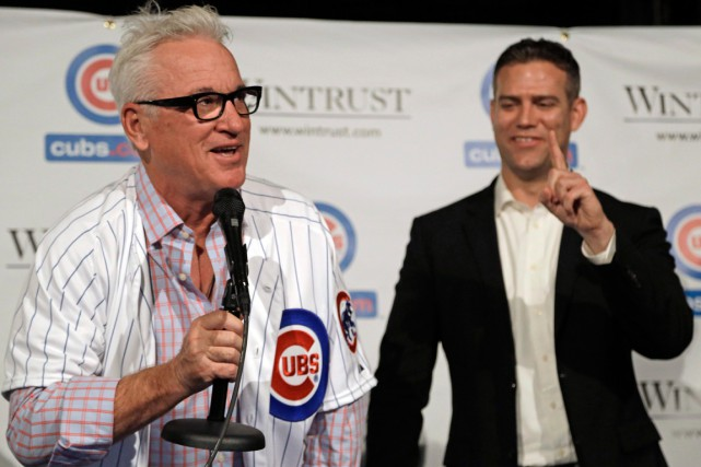 Le nouveau gérant des Cubs de Chicago, Joe... (Photo M. Spencer Green, AP)