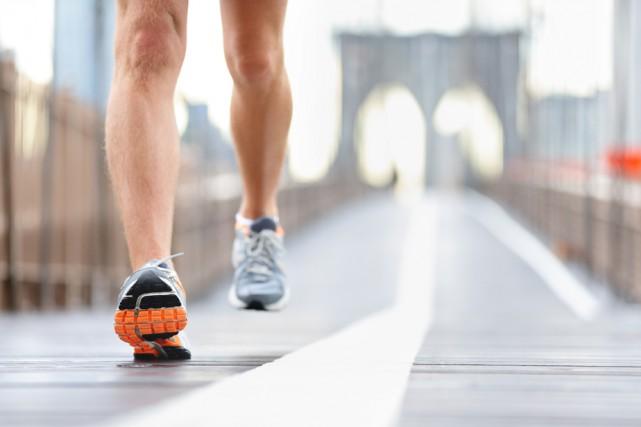 Vous le savez, pratiquer une activité physique est primordiale pour rester en... (SHUTTERSTOCK)
