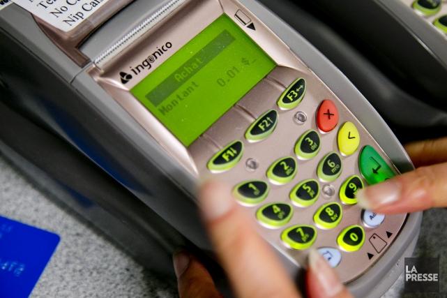 Le gouvernement fédéral a annoncé mardi un accord volontaire où Visa et... (Archives La Presse)