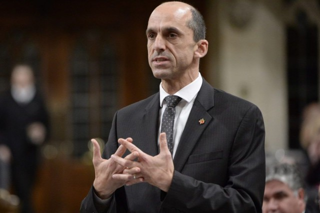 À la Chambre des communes, le ministre Blaney... (PHOTO ADRIAN WYLD, LA PRESSE CANADIENNE)