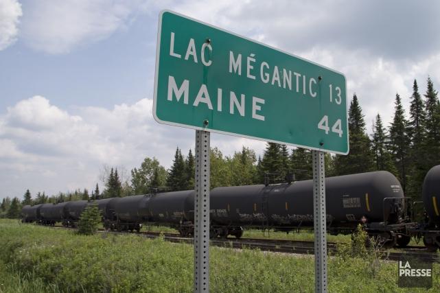 Le transport des produits dangereux par train a repris au centre-ville de... (Archives La Presse)