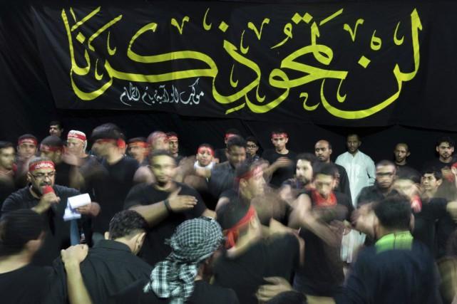 L'attentat a visé des fidèles chiites dans un... (PHOTO AFP/STR)