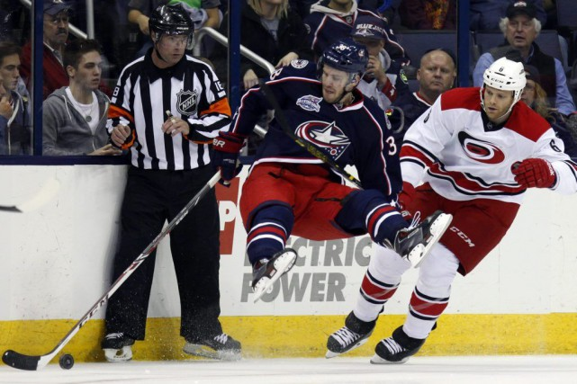 Justin Faulk a réussi son premier but de la saison et les Hurricanes de la... (Photo: AP)