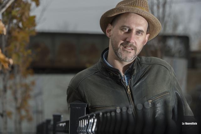L'auteur-compositeur-interprète d'origine acadienne présentera sa musique ce samedi... (Photo: Stéphane Lessard Le Nouvelliste)