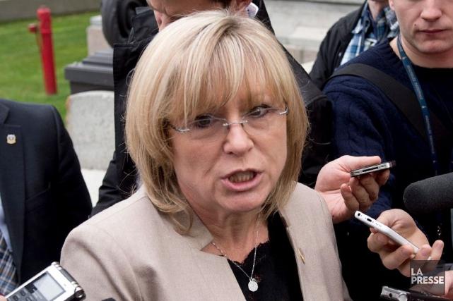 La ministre de la Famille, Francine Charbonneau... (Archives La Presse Canadienne)