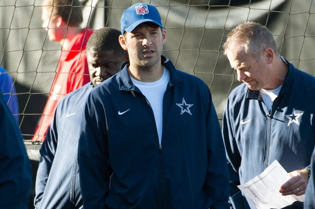 Le quart des Cowboys de Dallas Tony Romo... (Photo Tim Ireland, AP)