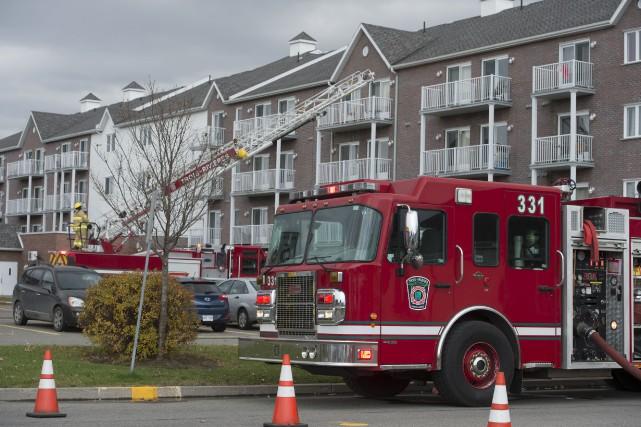 Une fuite de gaz a nécessité l'intervention des pompiers de Trois-rivières et... (Photo: Stéphane Lessard)