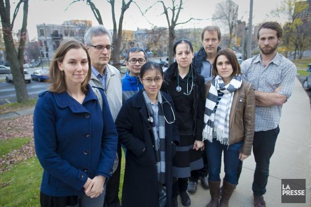 Le groupe des Jeunes médecins pour la santé... (Photo Andre Pichette, La Presse)