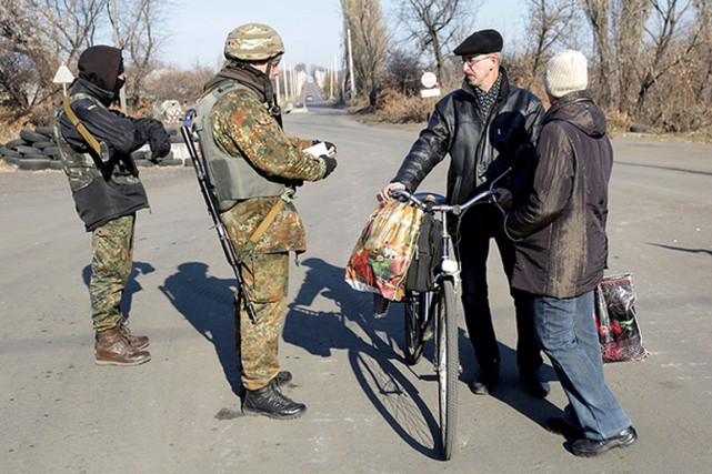 Tout Ukrainien ou étranger devra désormais présenter son... (PHOTO ANASTASIA VLASOVA, KYIVPOST.COM)