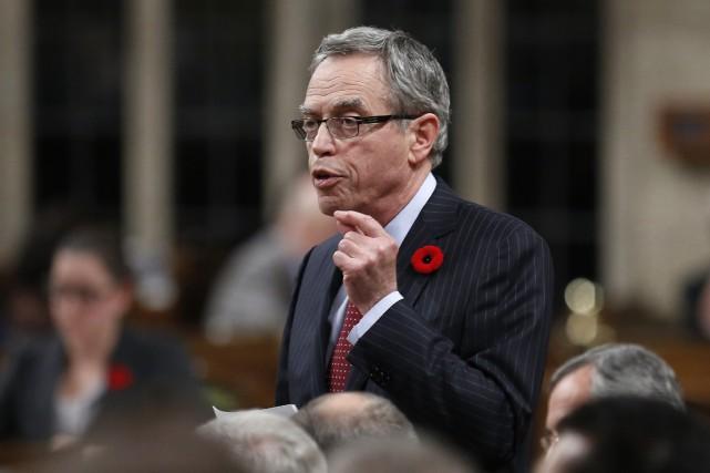 Le ministre des Finances, Joe Oliver... (Photo Chris Wattie, Reuters)