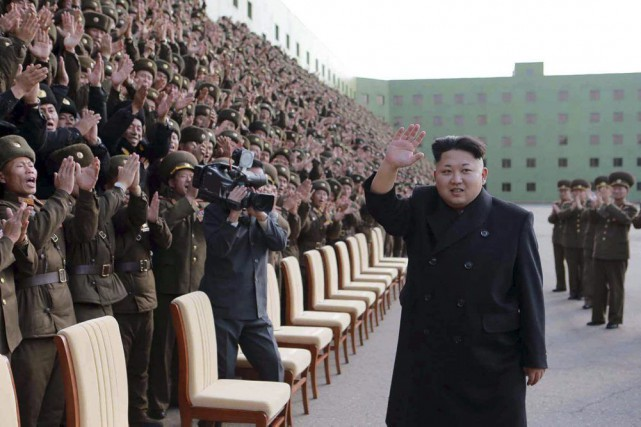Dans la vidéo, Kim, qui a évité de... (Photo AFP)