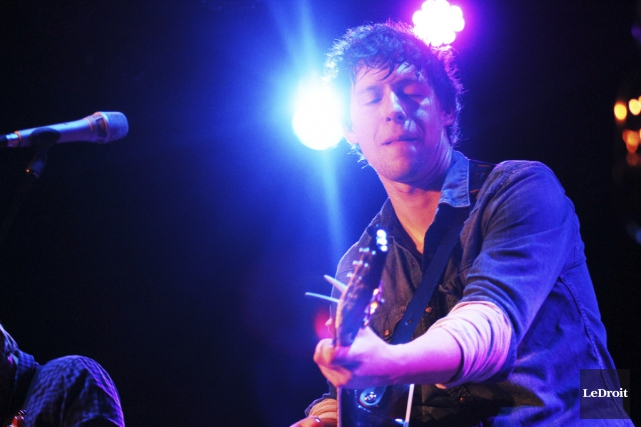Après avoir remporté le Félix du meilleur album folk de l'année pour Le feu... (Photo: Étienne Ranger, Le Droit)
