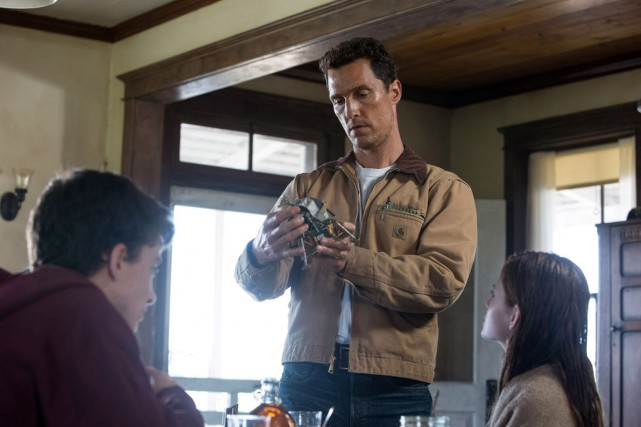 Dans Interstellaire, Matthew McConaughey incarne un ancien pilote... (Associated Press, Melinda Sue Gordon)