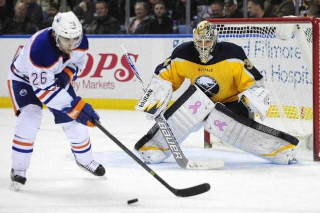 Dans un duel entre les pires formations des deux associations, les Oilers... (Photo AP)