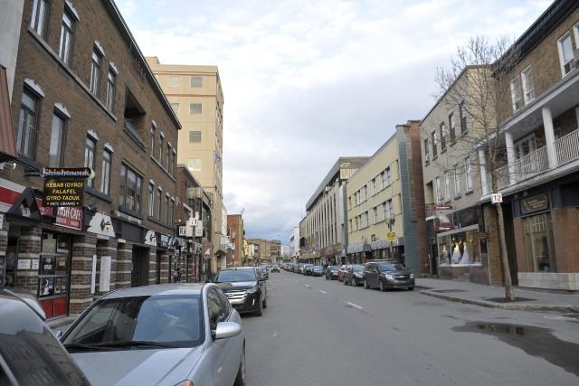 Le centre-ville de Chicoutimi sur la rue Racine... ((Photo Rocket Lavoie))