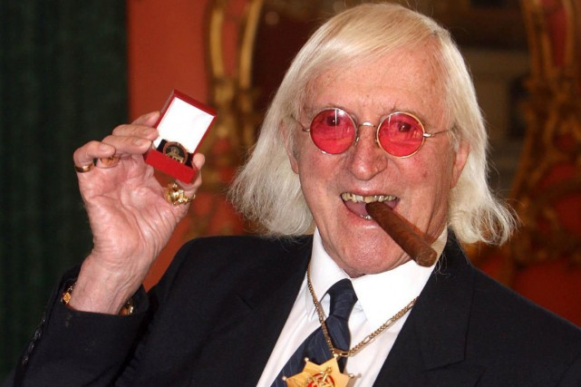 Jimmy Savile (ici en 2008) est mort en... (Photo Lewis Whyld, archives AP)