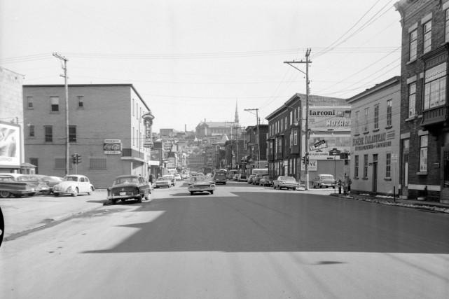 En juin 1960... (Archives de la Ville de Québec (numéro de négatif N004749))
