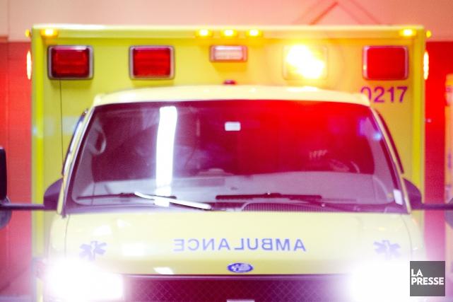 Une violente embardée survenue samedi soir à Lac-des-Plages, en Outaouais, a... (Photo Archives La Presse)
