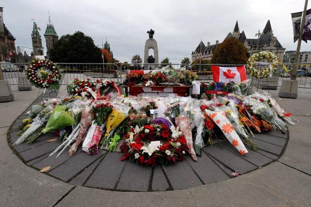 En 2014, militaires et policiers ont été ciblés au Canada comme à l'étranger.... (Photo Sean Kilpatrick, Archives PC)